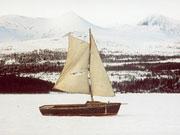 Voir un bateau naviguer